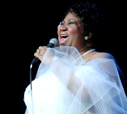 Aretha Franklin singing like a boss.