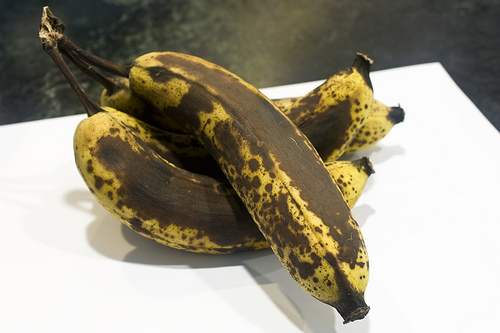 Three or four pretty ripe bananas. Not quite spoiled, though.